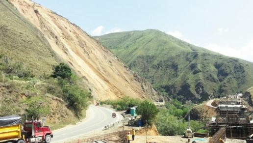 Gobierno disminuye tiempo de restricción al tráfico vehicular en la vía Buga - Buenaventura