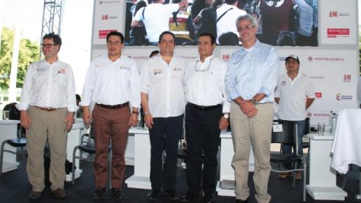 Gobierno Nacional entrega otros 40 kilómetros de doble calzada de la Ruta del Sol II