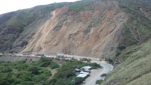 Avanza plan para evacuar mercancía del Puerto de Buenaventura