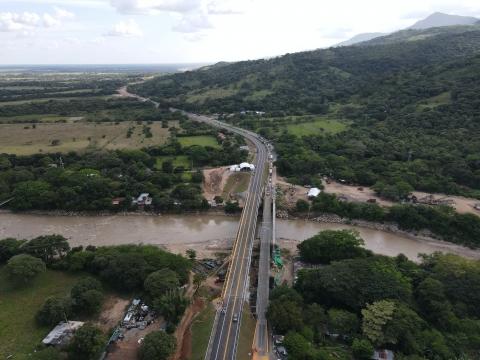 Gobierno Nacional inaugura el Puente Chárte, una obra que potencia el comercio con los Llanos Orientales