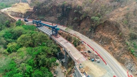 La Autopista al Mar 1 en Antioquia es reconocida con dos premios otorgados por la revista internacional LatinFinance