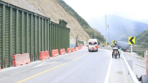 Avanzan a buen ritmo las obras del tablestacado en la vía Bogotá –Villavicencio: ANI