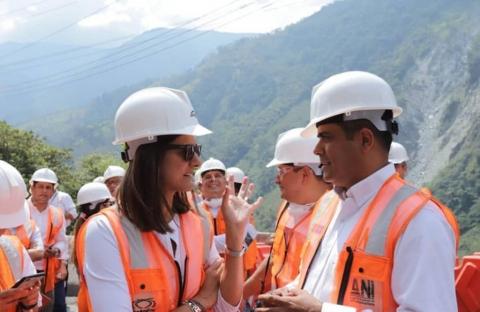Veeduría ciudadana del Meta y Mintransporte verificaron avances de obra en vía Bogotá – Villavicencio