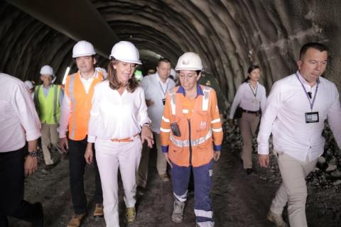 Corredor vial Ruta del Cacao registra avance del 40% en su construcción.
