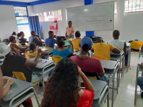 El Gobierno Nacional promueve la capacitación para el empleo en jóvenes de Tumaco
