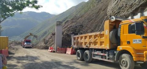 Se restablece el tránsito en el PR 26+000 de la vía Uramita-Dabeiba en Antioquia