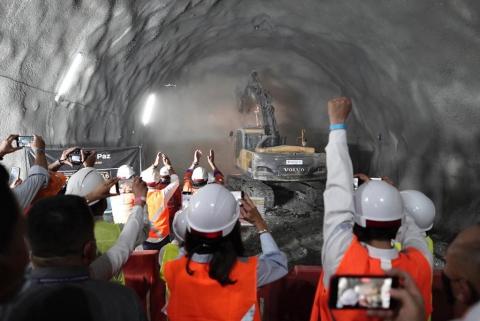 Con una inversión de $300 mil millones, túnel de La Paz logra unión de dos frentes de obra: ¡Beneficiará a siete municipios!