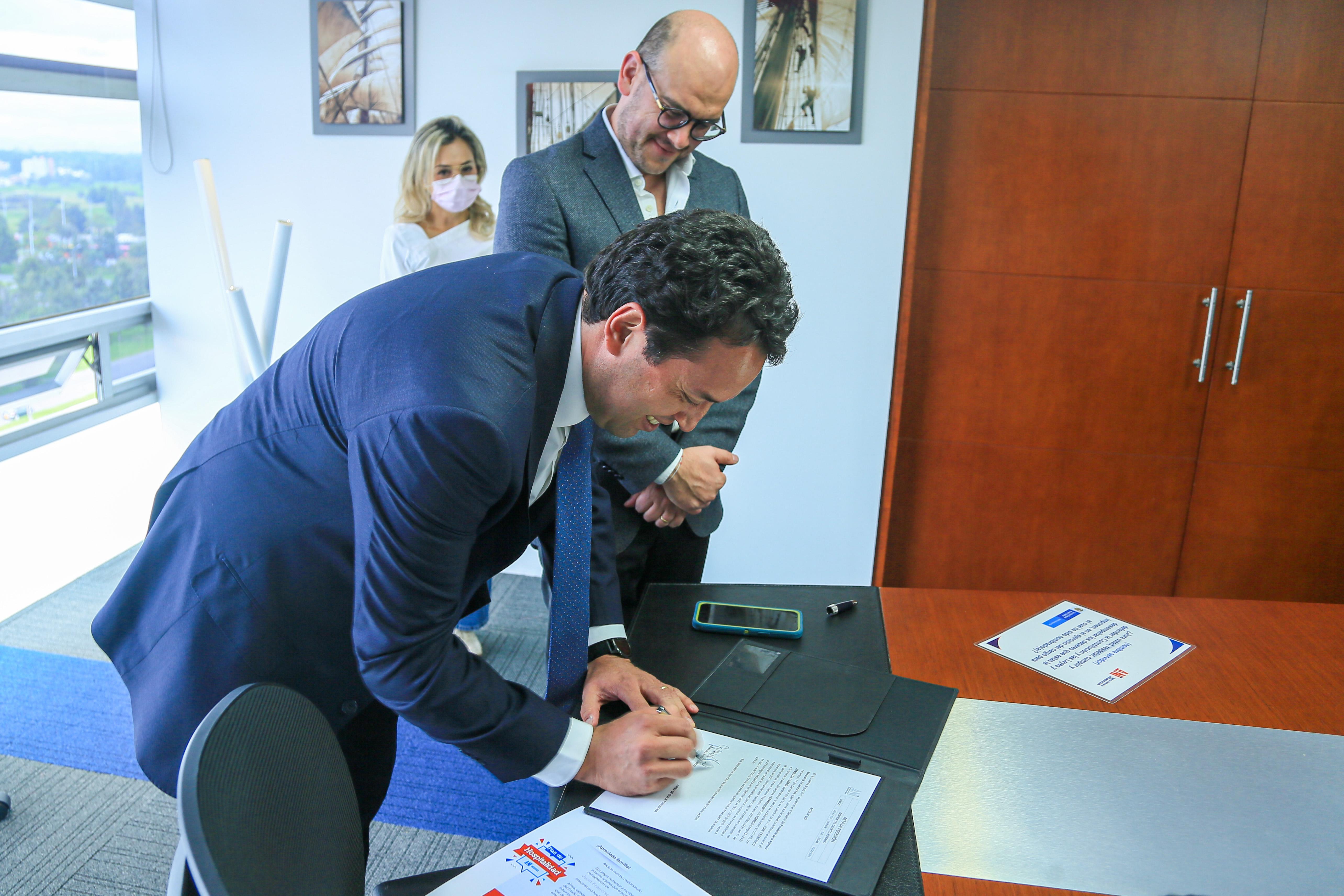 El economista Juan Francisco Arboleda Osorio, nuevo vicepresidente de Gestión Contractual de la Agencia Nacional de Infraestructura