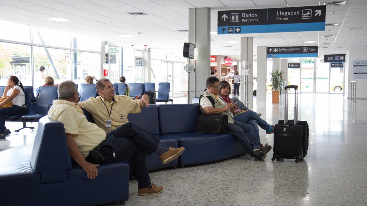 Infraestructura aeroportuaria concesionada por la ANI, fundamental para el aumento de pasajeros por vía aérea