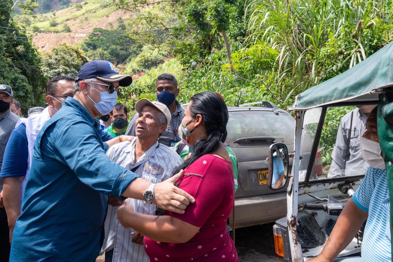 Desde Centro de Operaciones de Emergencia (COE) en Dabeiba, Gobierno nacional atiende emergencia en Antioquia