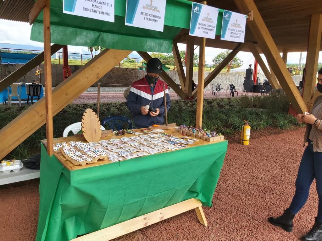 Con apoyo del Gobierno nacional, los sabores del suroeste antioqueño estuvieron presentes en primera feria de emprendimiento