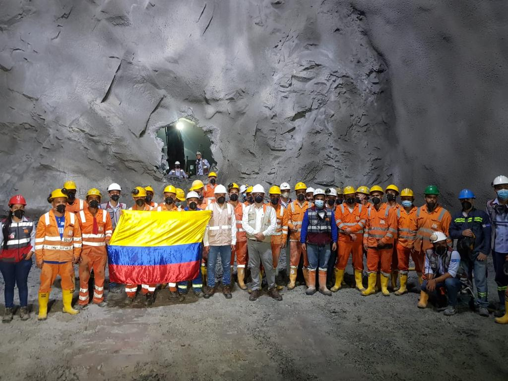 El Túnel de Amagá logra el cale y finaliza etapa de excavación de la calzada derecha